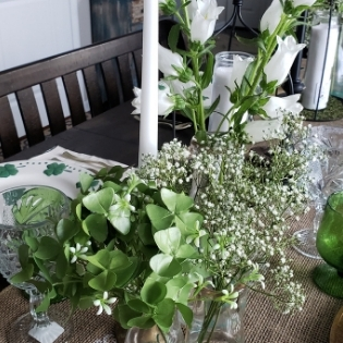 St. Patrick's Day Table Decor