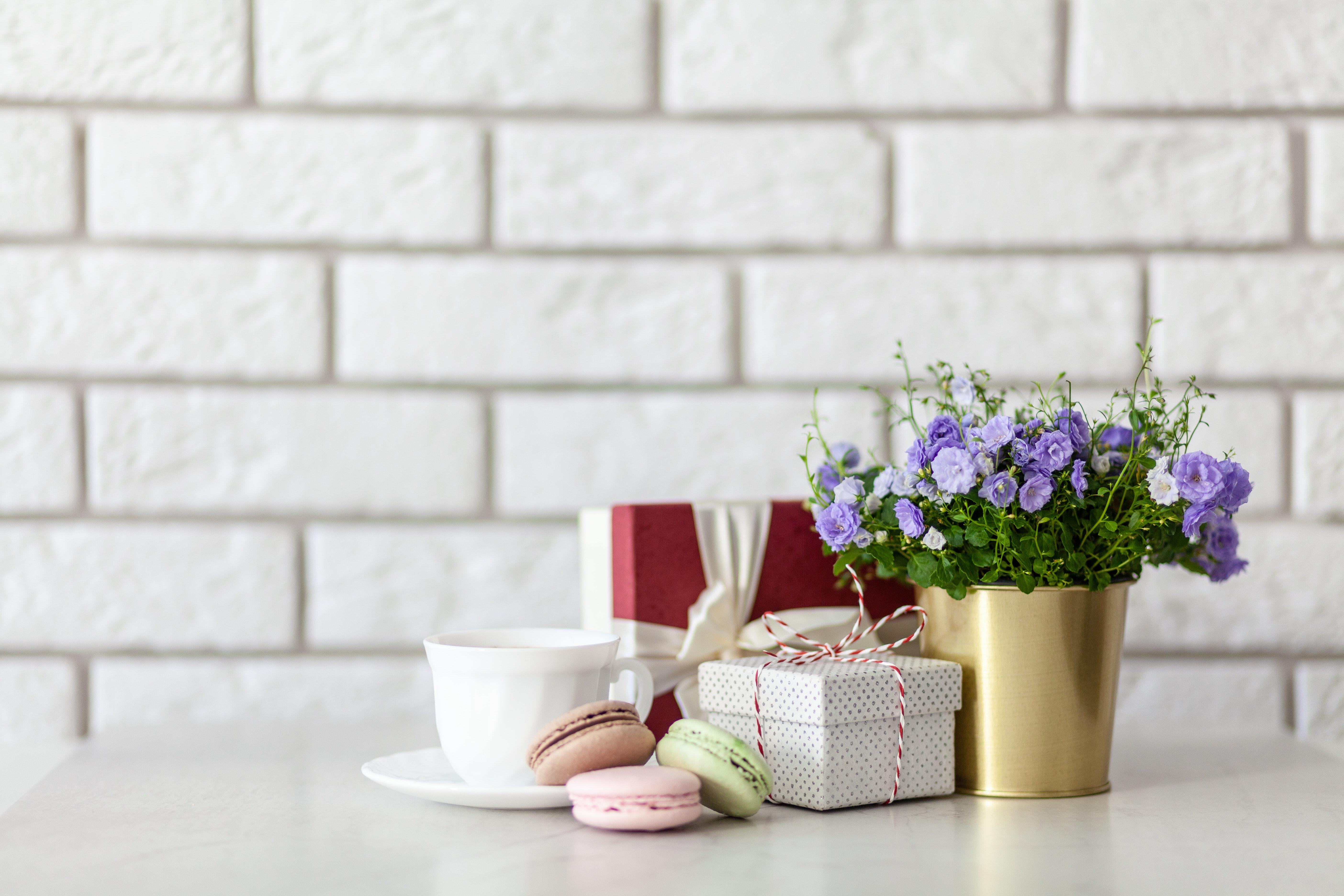home decor trends, spring 2019, white and bright home design