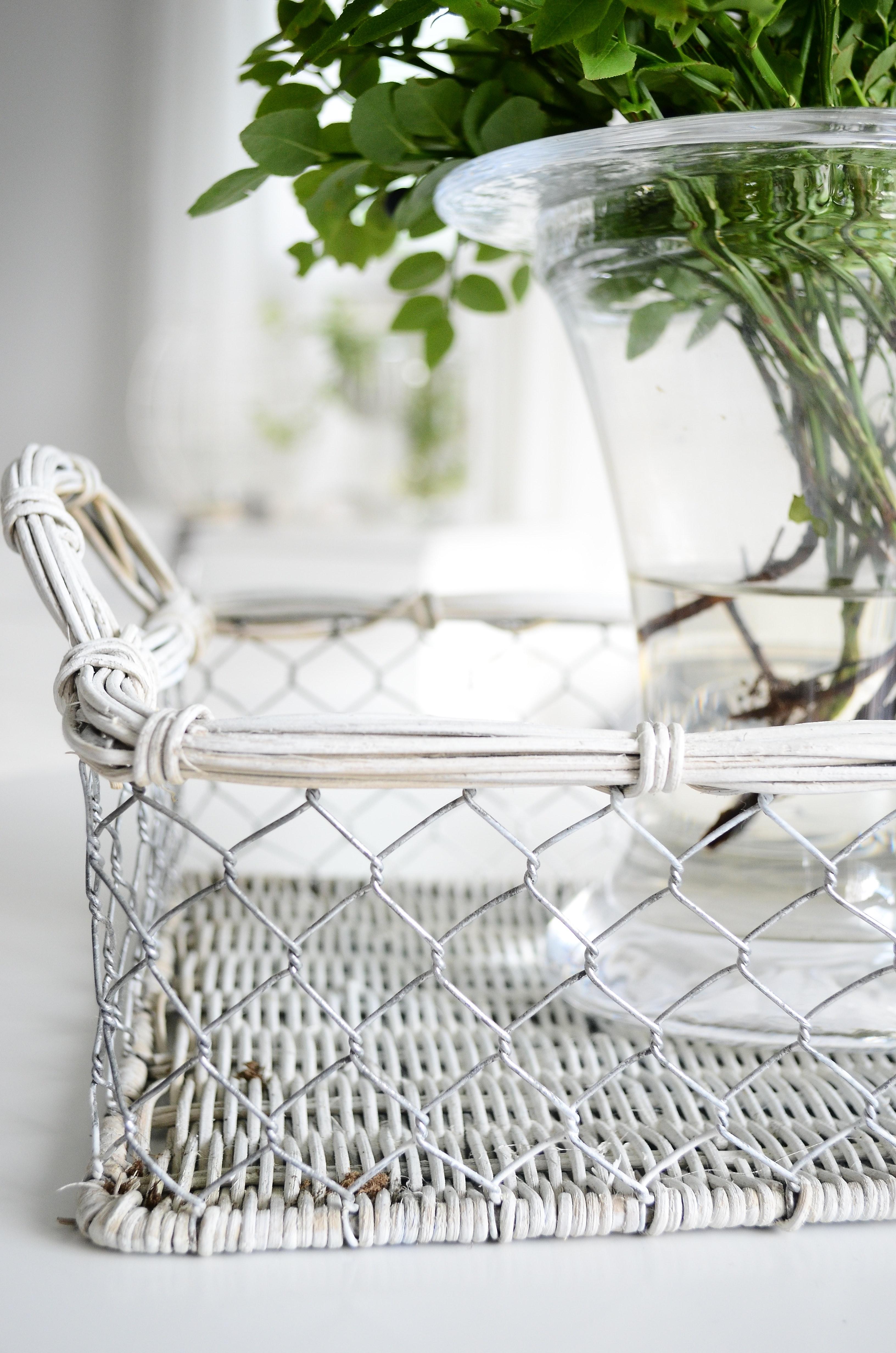 home decor trends, spring 2019, coastal home decor