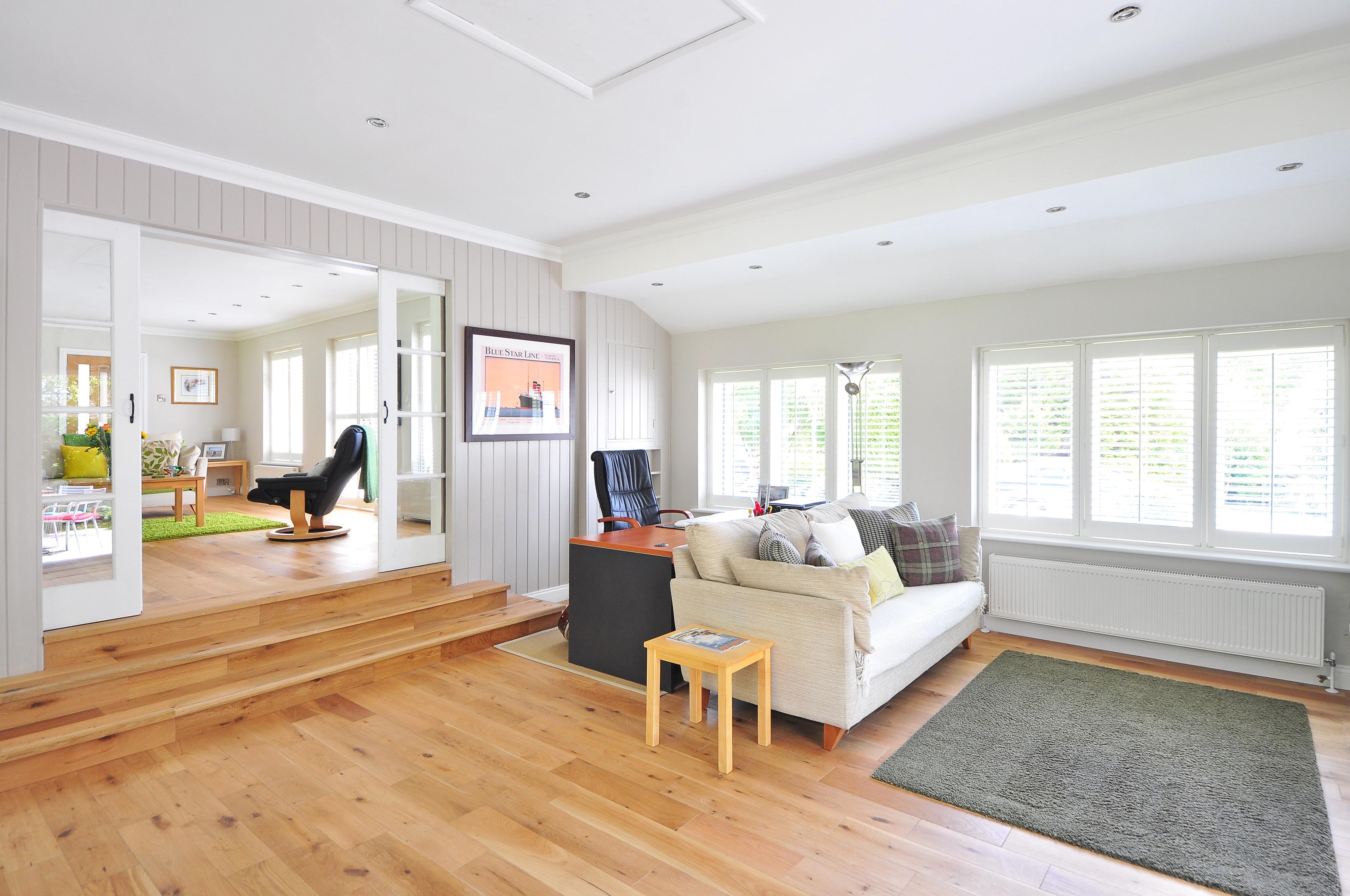 home decor trends, spring 2019, light wood floors
